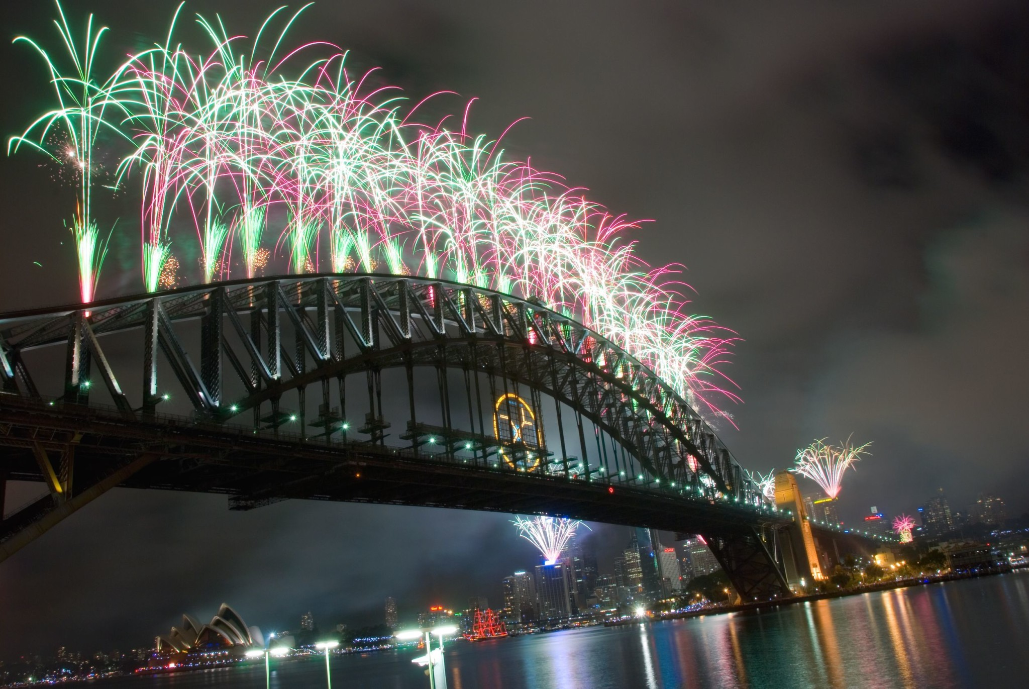 New Year Eve fireworks in Sydney Harbour