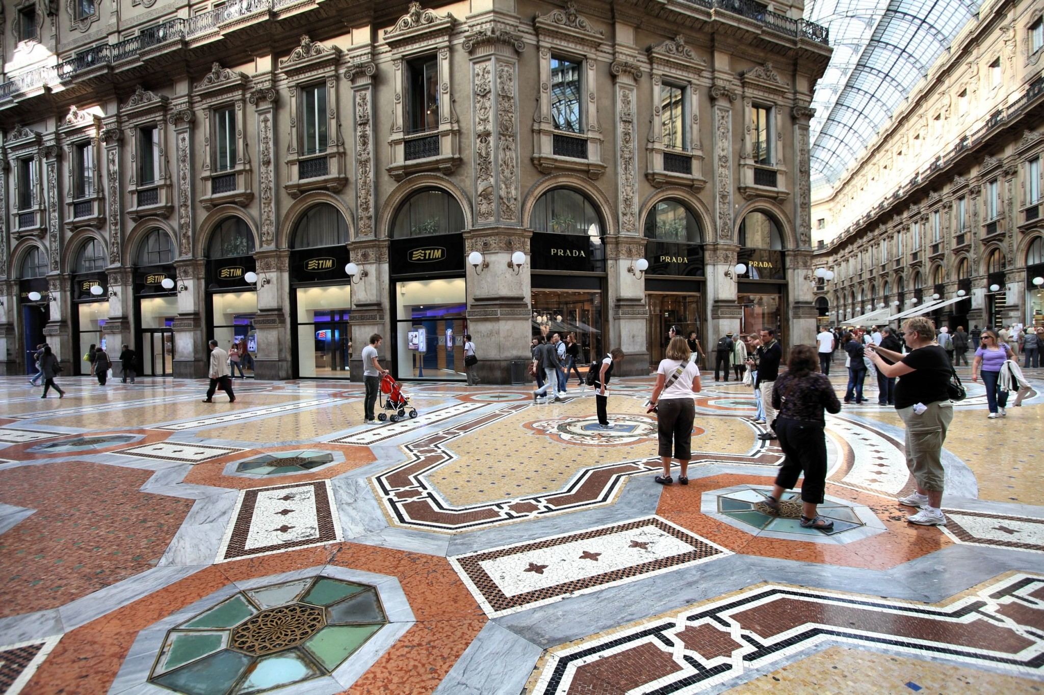 Vittorio Emmanuele Ii Shopping Gallery In Milan Italy Layover Guide