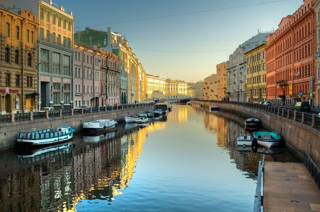 Saint-Petersburg layover stopover